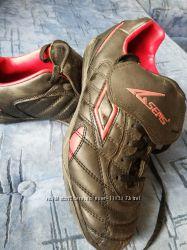 кроссовки футбольные