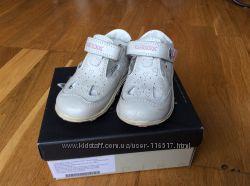 Geox туфельки 20 размер, цвет бежевый перламутр