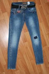 Супер Цена очень классные джинсы Турция 25, 26, 27, 28р. заказ по 1ед.