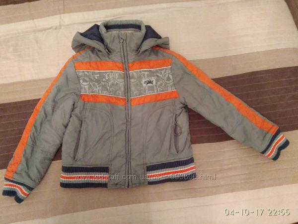 Отличная куртка демисезон, мальчик 5-6 лет