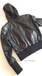 Модная кожанная курточка. Отличное состояние