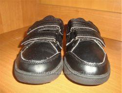 Туфли школьные.