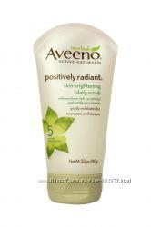 Осветляющий скраб для ежедневного ухода Positively Radiant Aveeno