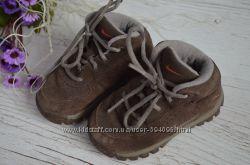 Деми ботинки замшр. 5, 5 стелька 13, 5