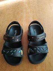 Детские сандалии на мальчика Ceyo