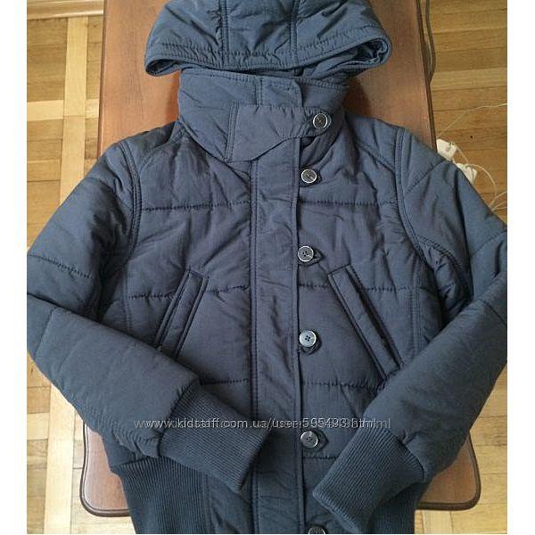Куртка деми Levis  р. XS-S