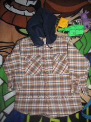 Тёплая рубашка с капюшоном