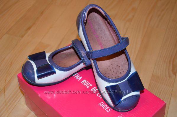 Лаковые туфельки AGATHA RUIZ DE LA PRADA 29р.