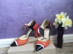 Продам туфли Италия Fellini