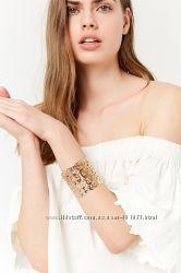 Изысканный браслет-манжет Forever 21 Новый. привезен и