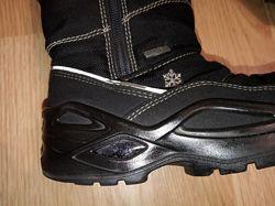 Чёрные сапожки для мальчика