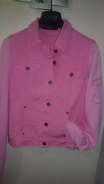 Джинсовая куртка с трикотажными рукавами от премиум бренда