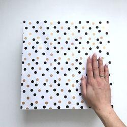 Подарочная коробка 30-30-10 см