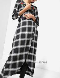 Длинное платье с вышивкой. Stradivarius. S. Новое.