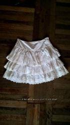 Белая юбка со складками воланами kira plastinina кира пластинина