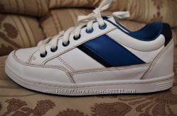 Стильные слипоны на шнурках, кроссовки, кеды Waikiki р. 36 -23, 5см