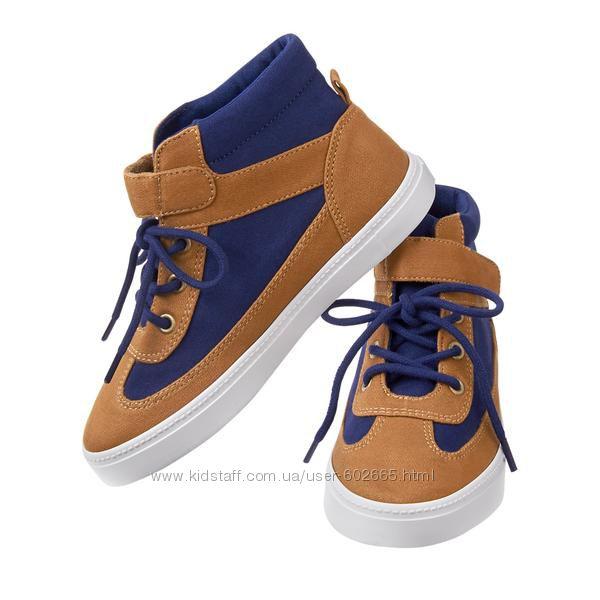 ботиночки  Crazy8  стелька 20 см.