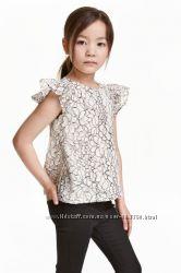 Нарядная блузка р. 140см