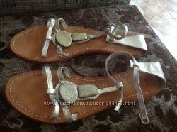 Серебряные босоножки bata 40 р 26 см стелька