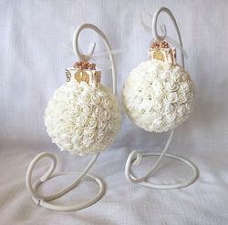 Декоративный шар для интерьера или свадьбы айвори Ivory на подставке