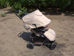 Прогулочная коляска Geoby с капюшоном батискаф