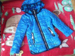 Демисезонная курточка 3-5 лет
