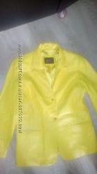 Кожаные куртки пиджаки  разных цветов на любой вкус не секонд