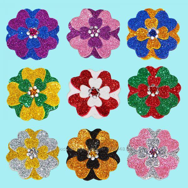 Бантики-цветочки из фоамирана с блёстками