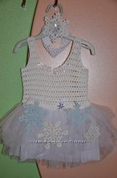 Очаровательное новогоднее платье для милой крошки