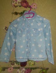 Джинсовая рубашка в звездах H&M рост 104-110