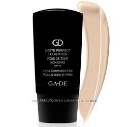 Тональный матирующий крем SPF 18 для жирной и комбинированной кожи GA-DE