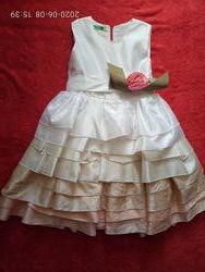 Нарядное шикарное платье 4-6 лет