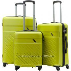 Качественные чемоданы, M-L размеры. Германия