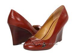 Распродажа   Шикарные кожаные туфли Nine West, куплены на 6РМ