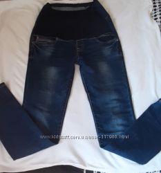 Джинсы-скинни и штаны беременной