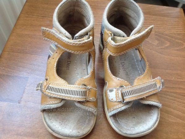 літнє взуття для хлопчика 22р, 23р, 27р,