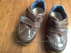 туфлі-кросовки Clarks