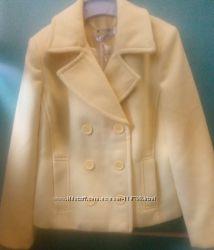 Пальто лимонного цвета итальянской марки To Be Too, для девочки лет 9