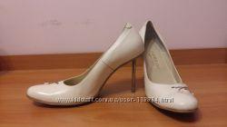 Туфли, кожа, ручная работа, пайетки, каблук металлический, 38 размер.