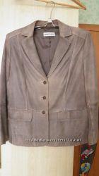 Кожанный пиджак наш 46р.