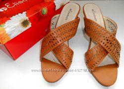 Босоножки, открытые туфли  Elisabeth