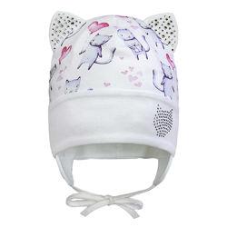 Демисезонная двухслойная шапка с ушками на завязках для девочки 42-44