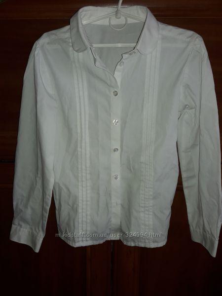 Фирменная белоснежная блузка рубашка в школу