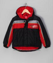 Курточка DISNEY с тачками Размер 7Т Очень классная флисовая подкладка