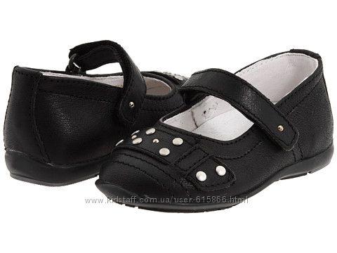 Туфельки для девочки от Primigi Kids. Кожа, р25 стелька 16, 5см