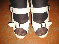 Босоножки  кожа 38р 24. 5  на широкую ногу.