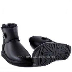 Оригинальные UGG Mini черные с водоотталкивающей пропиткой