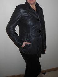 Кожаная куртка сост. Новой натуральная кожа 46 р. М-L