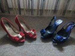 Туфли женские красные и черно-синие