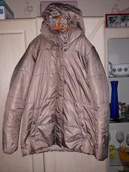 Куртка женская демисезонная р. S бежевая